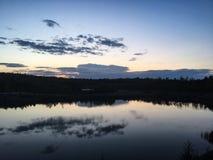 Piękna zaciszność ale Dziki ocean w Szwecja zdjęcia stock