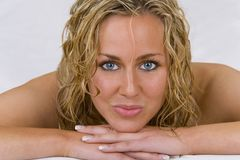 piękne blond nagie uśmiechnięci młodych kobiet obrazy royalty free