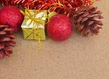 Piękne Bożenarodzeniowe dekoracje i szczęśliwy nowy rok Zdjęcia Stock
