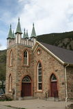 piękne kościelne góry Obraz Royalty Free