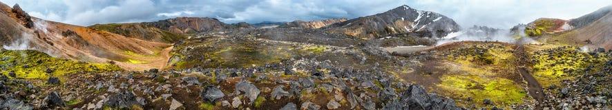 Piękne kolorowe powulkaniczne góry Landmannalaugar w Iceland, ziemska formacja zdjęcie royalty free