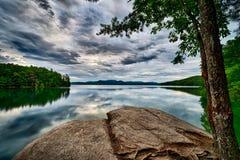 Piękne krajobrazowe sceny przy jeziornymi jocassee południe Carolina zdjęcia stock