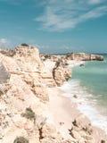 Piękne piaskowate plaże w Algarve, Portugalia obraz stock