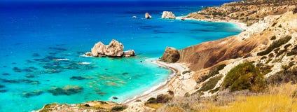 Piękne plaże Cypr - Petra tou Romiou, sławne jako a zdjęcia stock