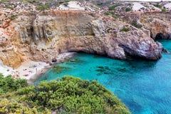Piękne plaże Grecja, Tsigrado -, Milos wyspa zdjęcia royalty free
