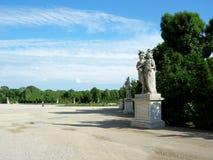 Piękne statuy w ogródzie niski belwederu pałac Zdjęcie Stock