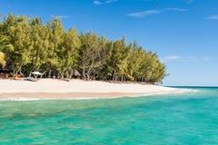 piękne wysp brytyjskich wysp raju piasku palm piaskowatych kawałki drzewa w kolorze turkusowym dziewica white wody Zdjęcia Stock