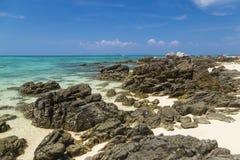 piękne wysp brytyjskich wysp raju piasku palm piaskowatych kawałki drzewa w kolorze turkusowym dziewica white wody Bambusowy wysp Obraz Stock