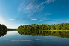 pięknego błękit głęboki krajobrazowy niebo Obrazy Stock