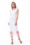 Pięknego kobieta modela mody odzieży beżowego koloru formalny kostium dyszy Obrazy Stock