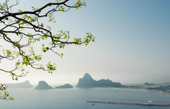 Pięknego punktu widzenia przyglądający piękny zmierzch Zdjęcie Royalty Free