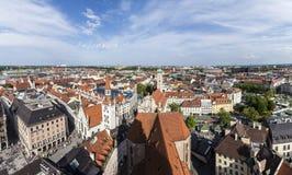 Pięknego super szerokiego kąta pogodny widok z lotu ptaka Monachium, Bavaria Obraz Stock