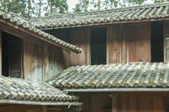 Pięknej architektury drewniani domy, Vuong Domowy pałac Obrazy Stock
