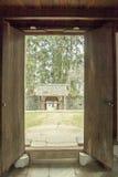Pięknej architektury drewniani domy, Vuong Domowy pałac zdjęcia stock