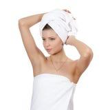 pięknej dziewczyny włosiani ręcznikowi potomstwa zdjęcie stock