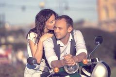 pięknej pary szczęśliwi potomstwa Zdjęcie Royalty Free