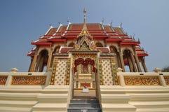 Pięknej Tajlandzkiej świątyni łukowaty wejście Fotografia Stock