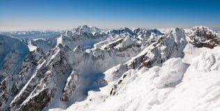 Piękni śnieżni wzgórza w Wysokich Tatras górach, Sistani zdjęcia stock