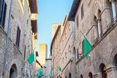 Piękni średniowieczni budynki San Gimignano, Włochy Zdjęcie Stock