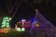 Piękni bożonarodzeniowe światła w górnym Hastings rancho sąsiedztwie Fotografia Stock
