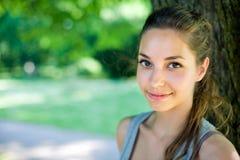 piękni brunetki piękny portreta potomstwa Zdjęcia Stock
