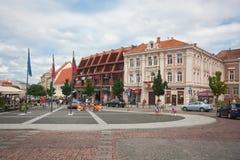 Piękni domy w ulicie w starym miasteczku Vilnius, Lithuania Sierpień 2013 Fotografia Stock