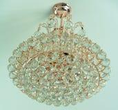 Piękni krystaliczni Luksusowi świeczników światła zdjęcia stock