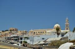 Piękni linia horyzontu widoki Piękny miasto Fira Na wyspie Santorini Architektura, krajobrazy, podróż, Pływa statkiem J zdjęcie royalty free