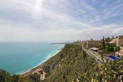 Piękni widoki Taormina wybrzeże zdjęcia stock