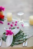 pięknie słuzyć stół fotografia royalty free
