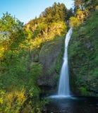 pięknie się Columbii wąwozu horsetail wielu jeden wodospadu fotografia royalty free