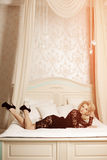 Piękno bogata luksusowa kobieta lubi Marilyn Monroe Piękny fashiona Zdjęcia Royalty Free