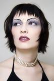 piękno ciemności z niebieskimi włosami Fotografia Royalty Free