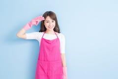 Piękno gospodyni domowej uśmiech ty Zdjęcia Stock