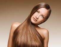 Piękno kobieta. długie włosy Fotografia Royalty Free