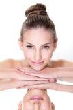 Piękno kobiety twarz z lustrzanym odbiciem Zdjęcie Stock