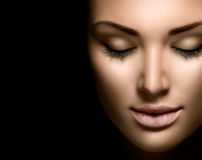Piękno kobiety twarzy zbliżenie Zdjęcie Royalty Free