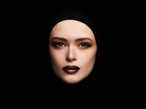 Piękno makijaż piękna kobiety twarz jak maska kobiety maska odizolowywa na czerni Zdjęcia Royalty Free