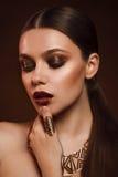 Piękno portret kobieta z złocistym makeup Fotografia Royalty Free