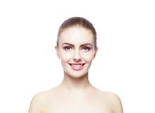 Piękno portret młoda kobieta na bielu zdjęcie royalty free