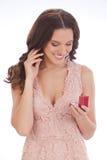 Piękno portret młoda kobieta szczęśliwy kochany prezent obraz royalty free