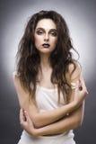 Piękno portret młoda kobieta z awangarda makijażem obraz royalty free