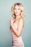 Piękno portret Perfect blondynki mody modela kobieta zdjęcia royalty free