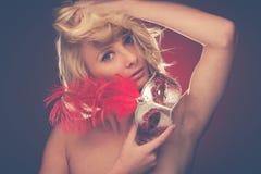Piękno portret Piękna młoda blondynki kobieta z Venice carn Obraz Stock