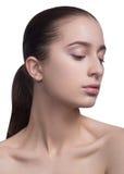 Piękno portret piękna rozochocona młoda świeża kobieta pojedynczy białe tło obrazy stock