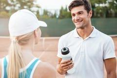 Piękno tenisowa para zdjęcia stock