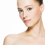 Piękno twarz młoda kobieta z czystą skórą obraz stock