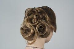 Piękno z włosy w romantycznym stylu fotografia royalty free