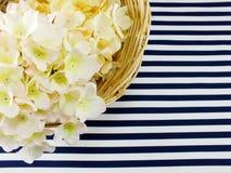 Piękny śmietanki i menchii hortensi sztucznego kwiatu bukiet Zdjęcie Royalty Free