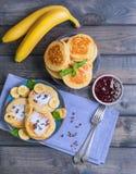 Piękny śniadaniowy bananowy fritter dekorujący frieds additives Obrazy Stock